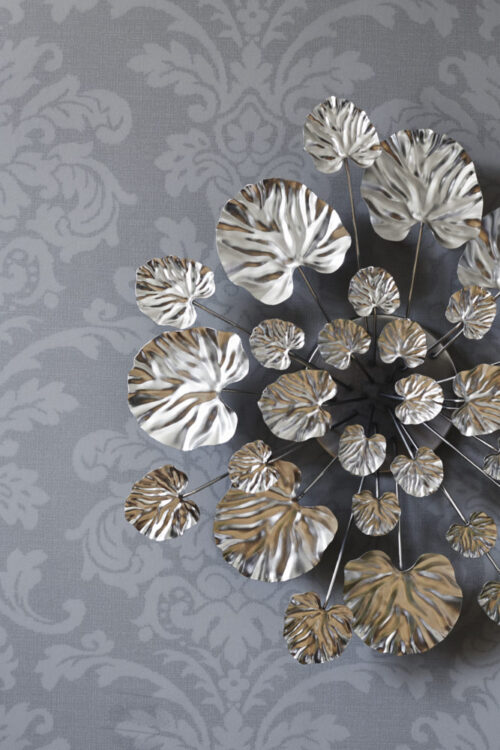 Styling photo of chrome Wall Flower in large
