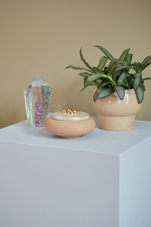 Styling photo of Crystal rock, Desert bonbonniere and