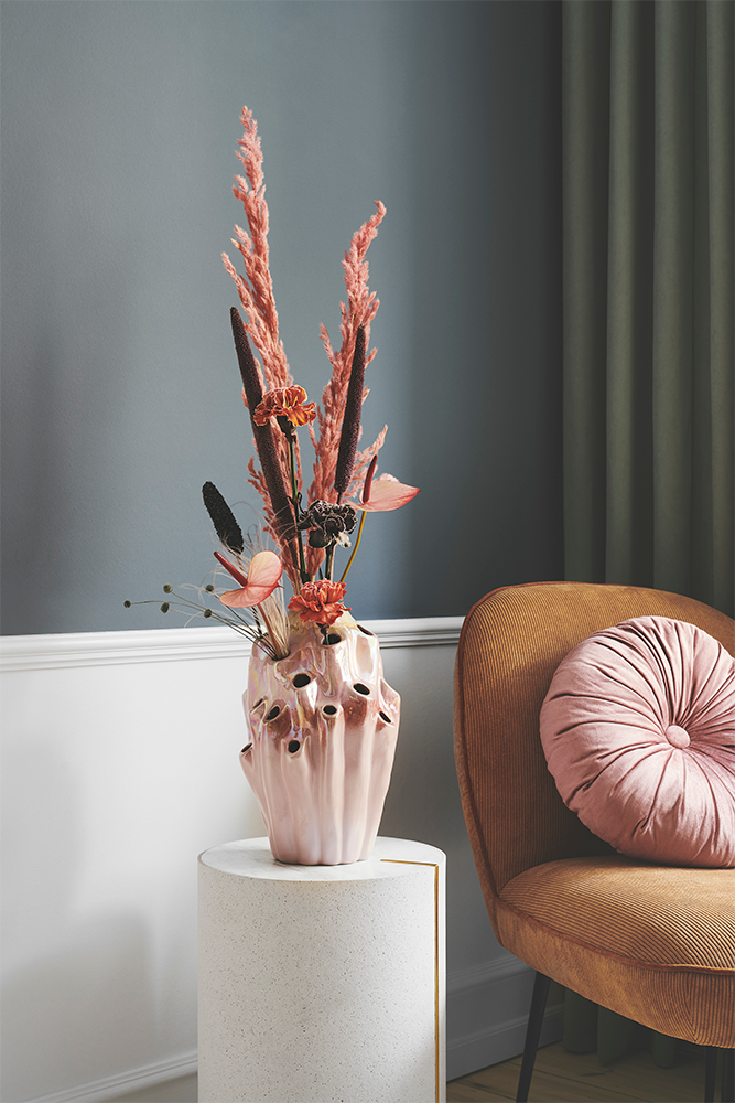 Styling photo of rose Lava Vase